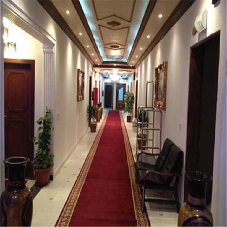 قصر الفنار 1-17 من 21 الصور