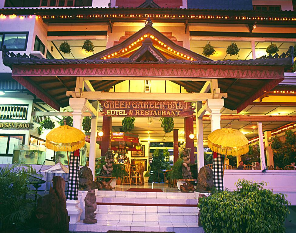 Book Airy Sunset Road Pura Mertasari Empat 7 Kuta Bali With