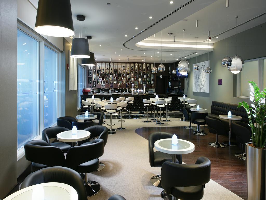 فندق بريمير إن مطار أبوظبي الدولي-4 من 26 الصور