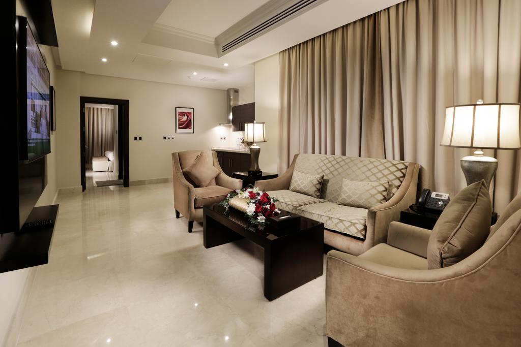 أجنحة أسوار الفندقية الرياض-11 من 42 الصور