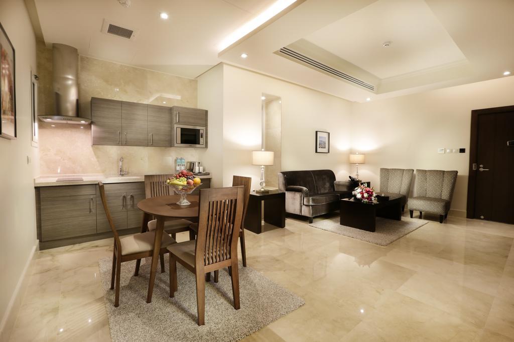 أجنحة أسوار الفندقية الرياض-2 من 42 الصور