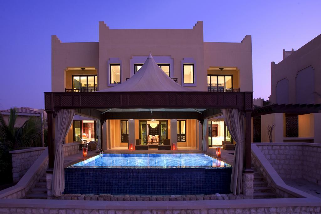 فندق شانجريلا، قرية البري-7 من 48 الصور