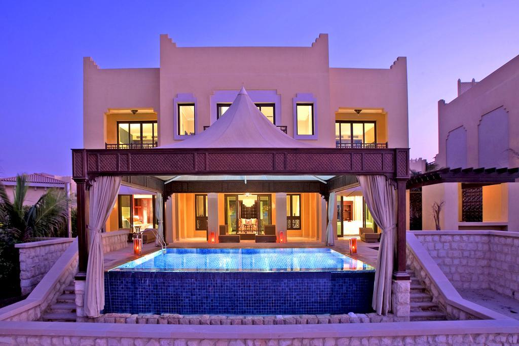 فندق شانجريلا، قرية البري-33 من 48 الصور
