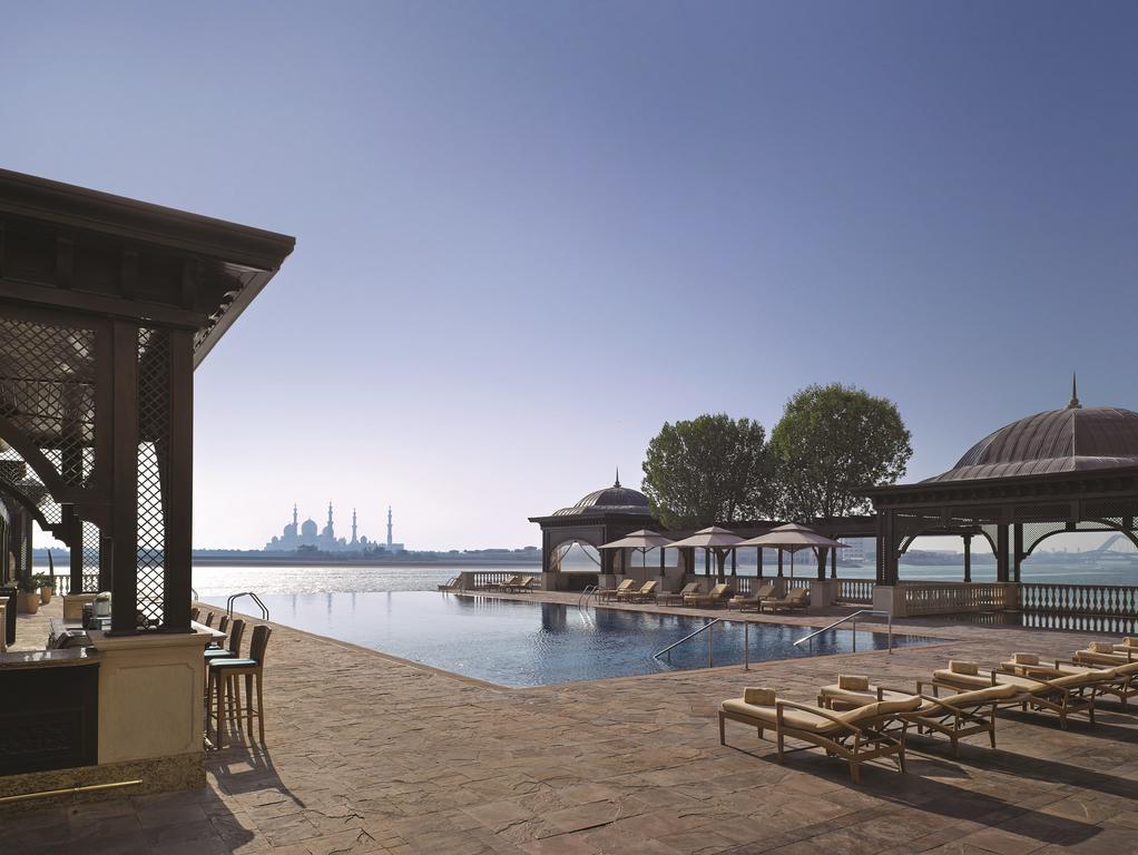 فندق شانجريلا، قرية البري-47 من 48 الصور