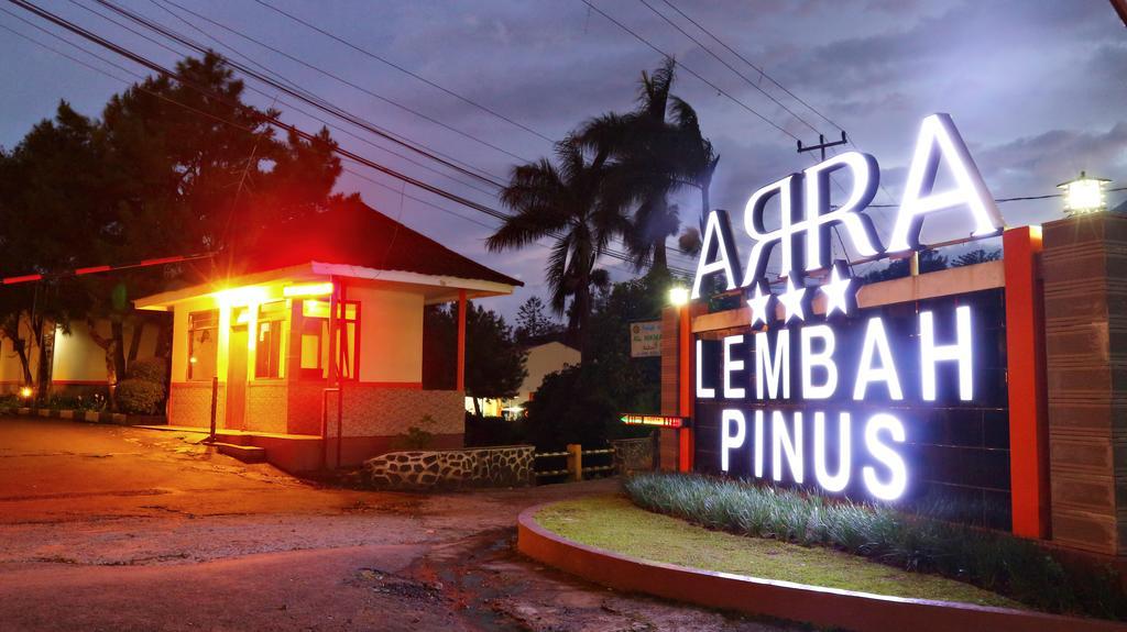 Promo 85 Off Villa Lembah Pinus Indonesia 5 Hour Hotel Near Me