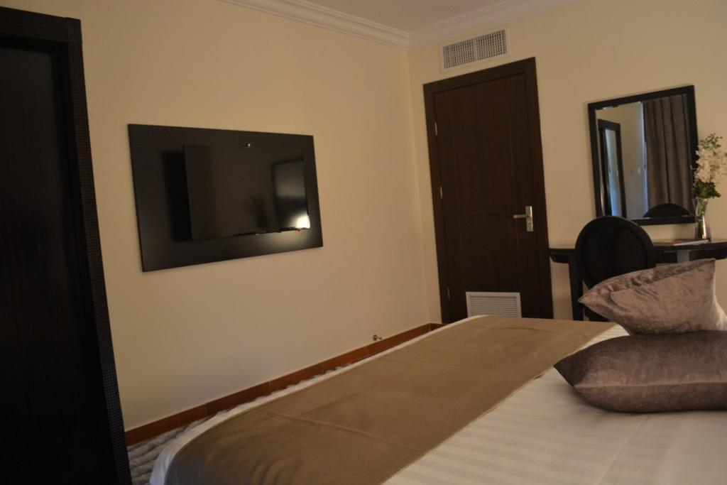 Tilal Almadina Hotel & Suites-40 of 42 photos