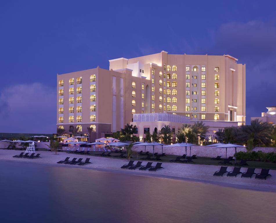 فندق تريدرز قرية البري أبوظبي، باي شانغريلا-1 من 32 الصور