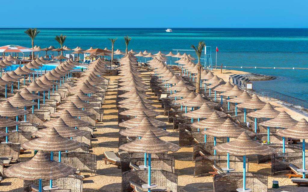 Hawaii Riviera Club Aqua Park Families and Couples Only-11 من 46 الصور
