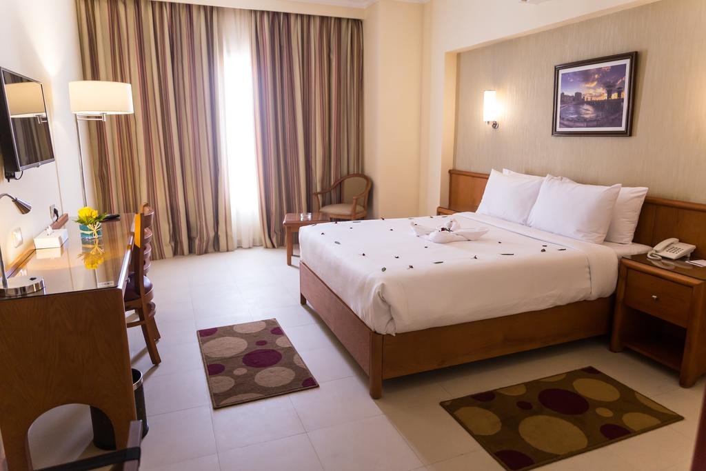 The Grand Plaza Hotel Smouha-9 of 42 photos