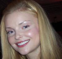 Izabella Miko