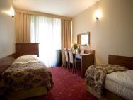 Centrum Rekreacyjno-Konferencyjne Promenada - hotel Białobrzegi k. Warszawy