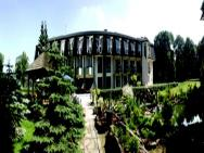 Papuga Park Hotel