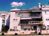 Apartments Ana Makarska