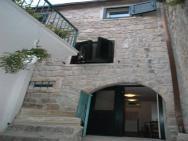 Apartments Caralipeo