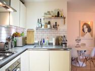 1 Bed Flat In Hackney – photo 6