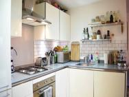 1 Bed Flat In Hackney – photo 13