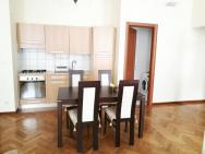 Whole Apartment Confortable City Centre Prague Koubkova