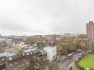 1 Bedroom Camden Town Penthouse Apartment