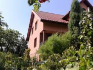 Villa Near Kampinos National Park