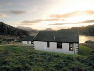 Loch Inchard Holiday Cottages