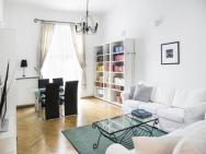 Accommodo Apartament Boduena