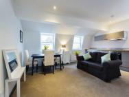 1 Bed Apartment Charlwood Street - Westminster