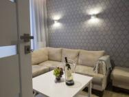 Exclusive New Town Apartments – zdjęcie 7