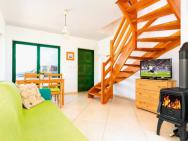 Holiday Home With Terrace And Fireplace - Pl 034.004