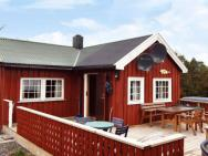 Two-bedroom Holiday Home In Storfosna