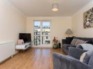 1 Bedroom Apartment In Mile End