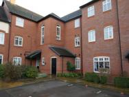 Family Friendly Apartment In Nantwich
