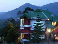 1 Br Boutique Stay In Letchmi Estate, Munnar (728e), By Guesthouser