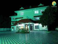 1 Br Other In Poochakal, Alappuzha (d4e8), By Guesthouser