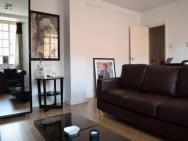 1 Bed Apartment In South Kensington