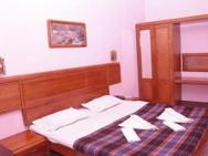 1 Br Boutique Stay In Thekkady, Idukki (8ce1), By Guesthouser