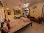 1 Br Guest House In Choti Basti, Pushkar (c579), By Guesthouser