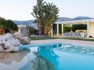 Fabulous Villa In Buseto Palizzolo Italy With Swimming Pool