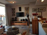 Harbour Bridge Suite 220