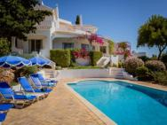 Galvana Villa Sleeps 8 Pool