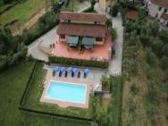Holiday Home In Montopoli In Val D'arno 23992