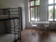 Hostel Dworcowy W Dzierżoniowie