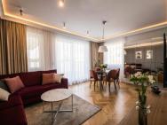 Apartament Leszczynowa -intryga
