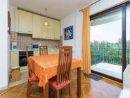 Holiday Home Rtina 24