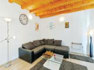 Four-bedroom Holiday Home In Pregrada