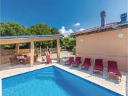 Holiday Home Garica 11