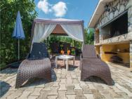 Holiday Home Barbici 21 With Outdoor Swimmingpool – zdjęcie 5