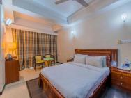 Dhillon Hotels