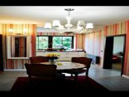Dom Wiejska 39 A