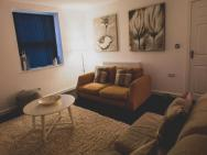 Discovery Suite – Simple2let Serviced Apartments