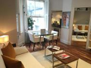 1 Bedroom Apartment In Kensington By Guestready